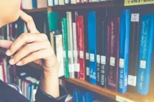 könyvtári szakember képzés