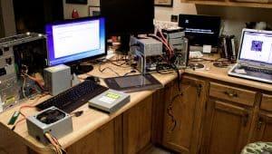 Számítógép-szerelő és karbantartó